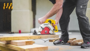 Builders tools safety work methods
